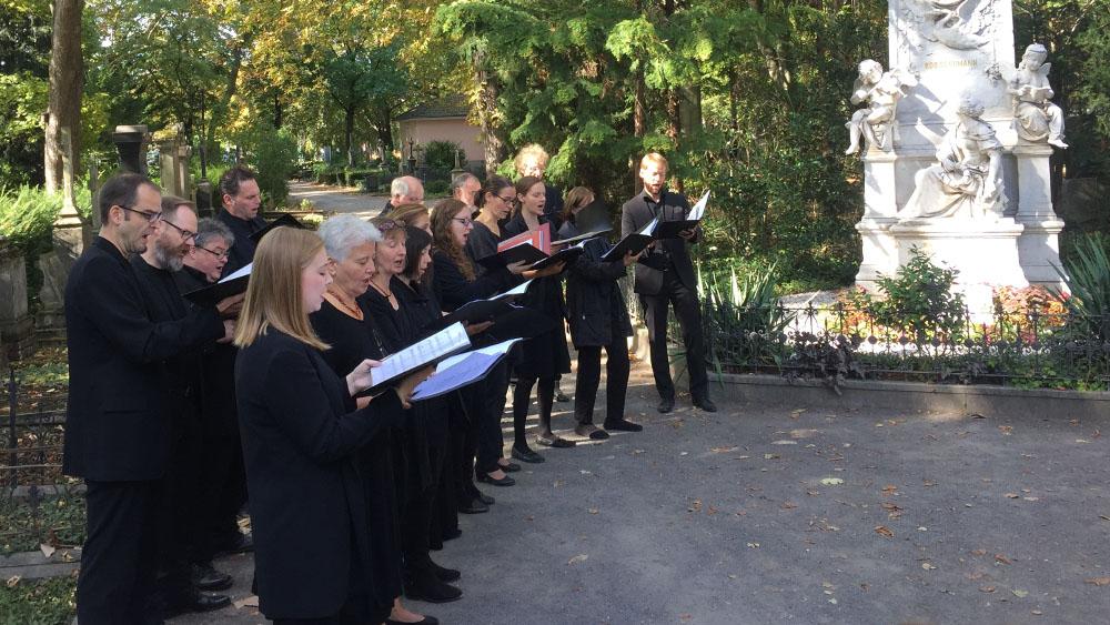 Rheinischer Kultursommer, Philharmonischer Chor Bonn, Musikalische Friedhofsführung, Alter Friedhof Bonn, © Anna Zoporowski